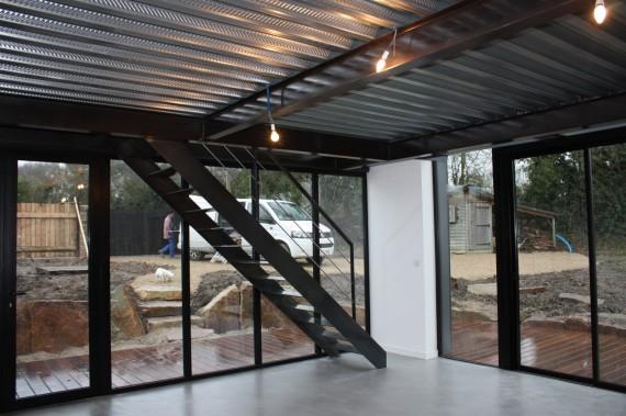 mezzanine en plancher collaborant et escalier photos de travaux. Black Bedroom Furniture Sets. Home Design Ideas