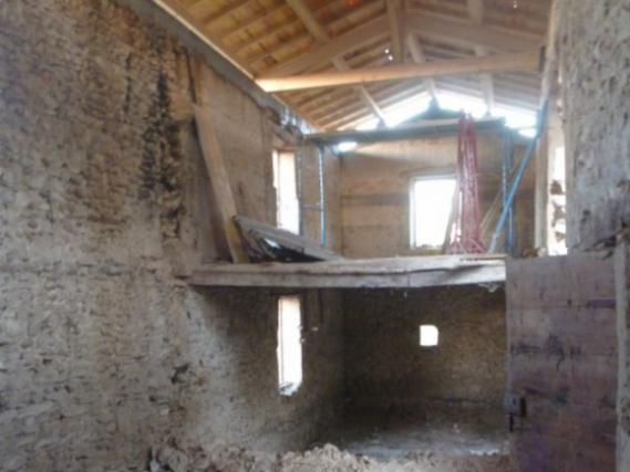 r novation d 39 une grange en habitation photos de travaux. Black Bedroom Furniture Sets. Home Design Ideas